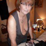 Bientot grand mère, Agnès cherche une bonne baise a Alès avec minet coquin